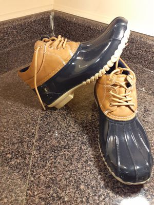 WOMENS Tommy Hilfiger boots size 7 for Sale in Lithonia, GA