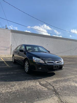 2007 Honda Accord V6 Front Wheel Drive RUNNING LIKE NEW! Clean title! Engine & Transmission runs like new! Like new suspension! - Leather seats! - for Sale in Greenfield, WI