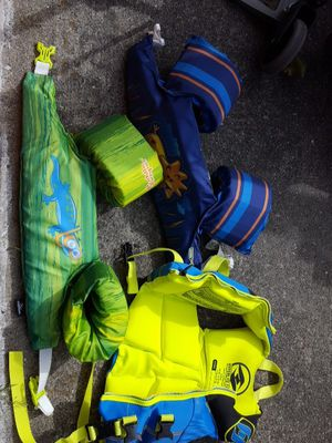 Life vest/child $10 apiece for Sale in Puyallup, WA