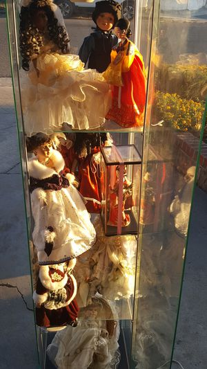 Glass case with 11 Porcelain Fine dolls for Sale in Hayward, CA
