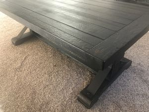 Perfect condition Rustic Wood Coffee Table for Sale in Fresno, CA