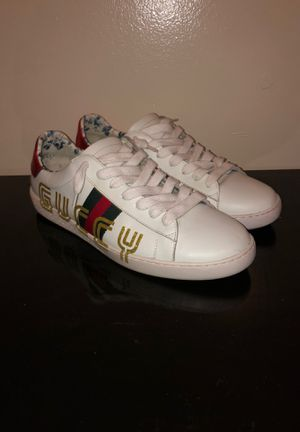 Gucci shoes size 11 for Sale in Chicago, IL