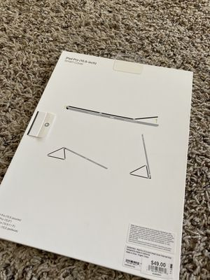 "Ipad Pro 10.5"" smart cover for Sale in Wichita, KS"