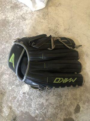 Mako baseball glove for Sale in Salida, CA