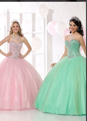 Quinceanera Dress By Davinci mint color for Sale in Silver Spring, MD