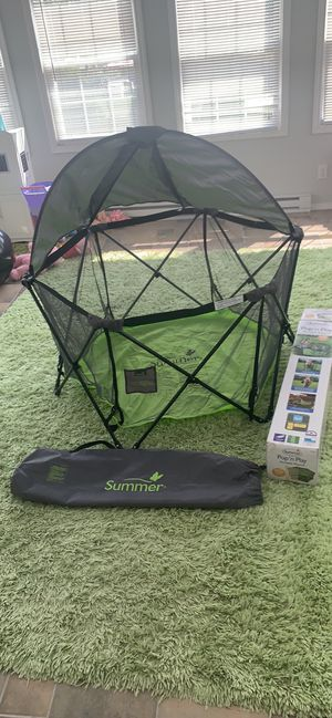 Summer Pop', Play portable playard for Sale in Parma, OH