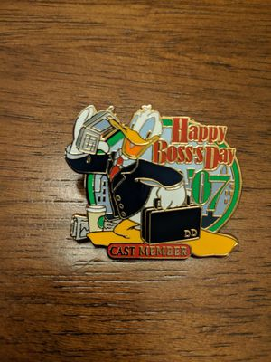 Disney pin cast member Happy boss's day 2007 with Donald for Sale in Glendale, AZ