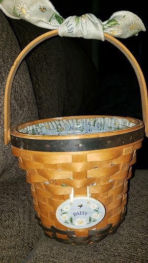 1999 longaberger daisy basket for Sale in Marysville, OH