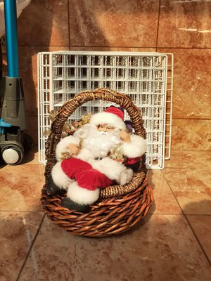 Santa basket! for Sale in Pico Rivera, CA