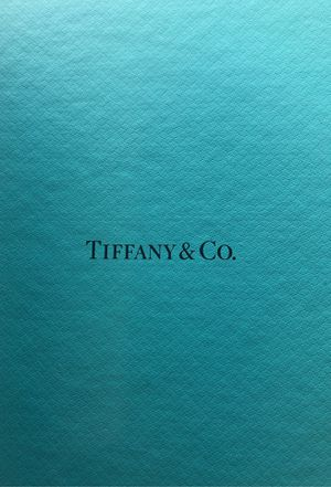 Tiffany blue box in mint condition 13x6x8 for Sale in Irvine, CA