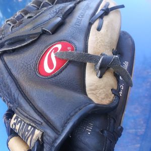 Rawlings Baseball Glove for Sale in Irwindale, CA