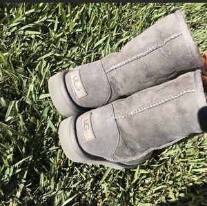 UGG II gray women's winter boots 7 for Sale in Compton, CA