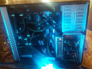Digital storm computer, monitor, keyboard and mouse. $600 OBO for Sale in Poinciana, FL