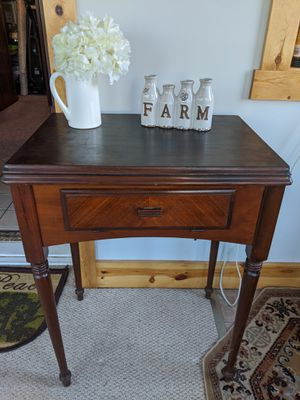 Vintage Sewing Machine Cabinet/ Table for Sale in Uniontown, OH