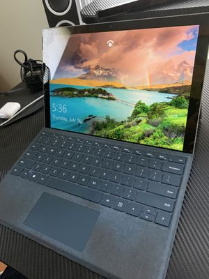 Surface Pro 2017 for Sale in Iowa City, IA
