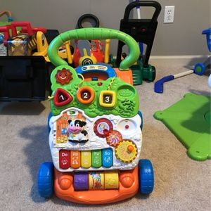 Vtech Sit To Stand Learning Walker for Sale in Chagrin Falls, OH