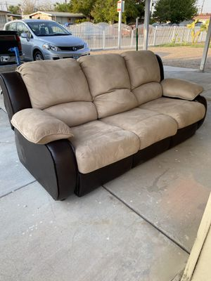 Sofa Bed couch . Great condition for Sale in North Las Vegas, NV