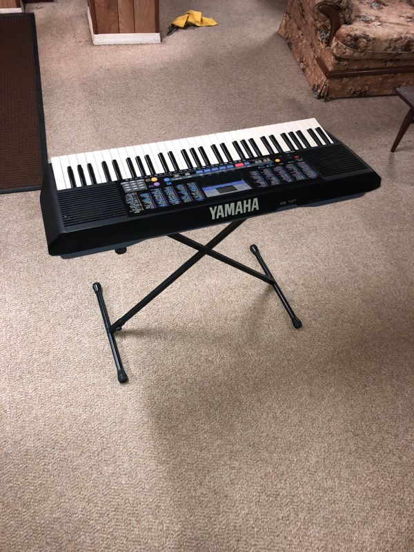 Piano yamaha muy bueno Very good is excellent conditions does not fail anything.