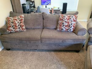 Couch large chair and ottoman for Sale in Fresno, CA