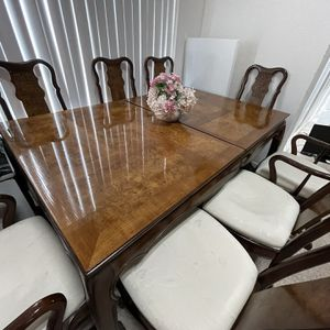 Vintage Orential Table And Chairs For Sale for Sale in Houston, TX