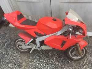Pocket bike mini red sport motorcycle for parts or fix for Sale in Oak Lawn, IL
