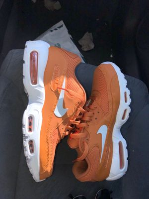 Nike Air max 95/90 Patta By you orange/white VERY RARE size 9.5 men's shoes for Sale in Lutz, FL