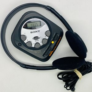Vintage Rare SONY SRF-M35 Walkman *Tested AM FM Portable Radio 2000 for Sale in Puyallup, WA