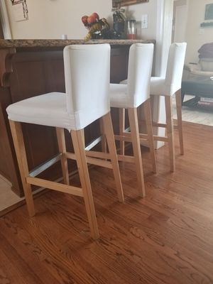 Bar stools with backrest for Sale in Downey, CA