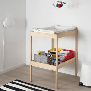 """Changing table 3/8 x20. 7/8"""" for Sale in Cambridge, MA"""