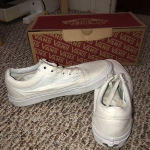 White Old Skool Vans for Sale in East Cleveland, OH