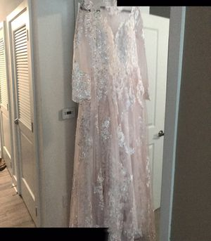 Beautiful brand new wedding dress size 6. Color blush. for Sale in Alexandria, VA