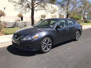 2018 Nissan Altima SL only 2,000 miles!!! for Sale in Las Vegas, NV