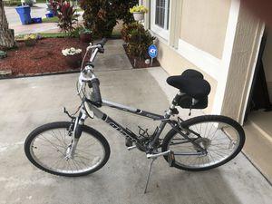 SEDONA GIANT SR SUNTOUR DX BICYCLE-NICE! for Sale in West Palm Beach, FL