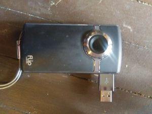 Flip Video camera u2120 with tripod for Sale in Abilene, TX