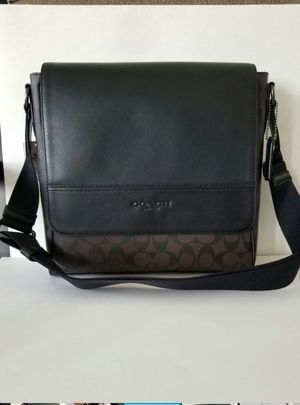 Original coach men bag new with tag and gift box for Sale in Tustin, CA