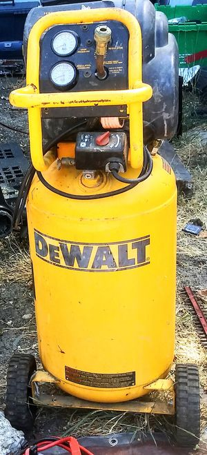 Stand up Dewalt air compressor for Sale in Concord, CA