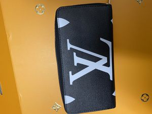 Louis Vuitton wallet for Sale in Westminster, CO