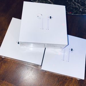 AirPods 2nd Gen 🧬 for Sale in Lathrop, CA