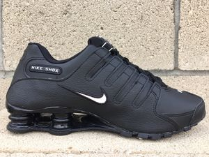 🔥Nike Shox NZ EU Triple Black Training Shoes Leather Material Mens Size 8,8.5,10,10.5, & 11🔥 for Sale in Bakersfield, CA