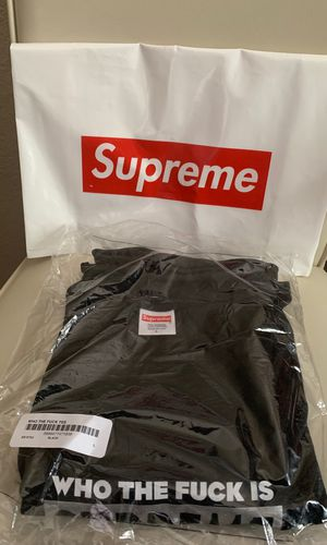Supreme Tee | Brand New | Large for Sale in Andover, KS