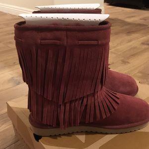 NWT KOOLABURRA UGG Fringe women's Boots NIB sz8 for Sale in Las Vegas, NV