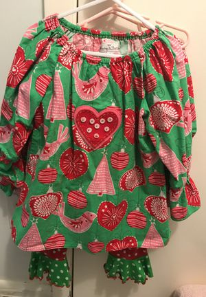 Size 6 girls Christmas outfit for Sale in Houston, TX