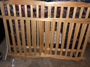 Crib for Sale in Painesville, OH