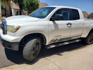 Toyota tundra 2010 2wd 4.6l for Sale in Glendale, AZ