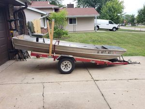 John boat with trailer and brand new trolling motor for Sale in Bloomingdale, IL