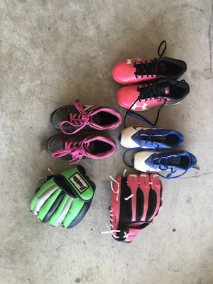 Baseball/ Softball cleats and gloves. $5 each for Sale in Cypress, TX