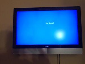 Vizio TV- 37-Inch Vizio VX37L HDTV Widescreen LCD TV - USED for Sale in Elk Grove, CA