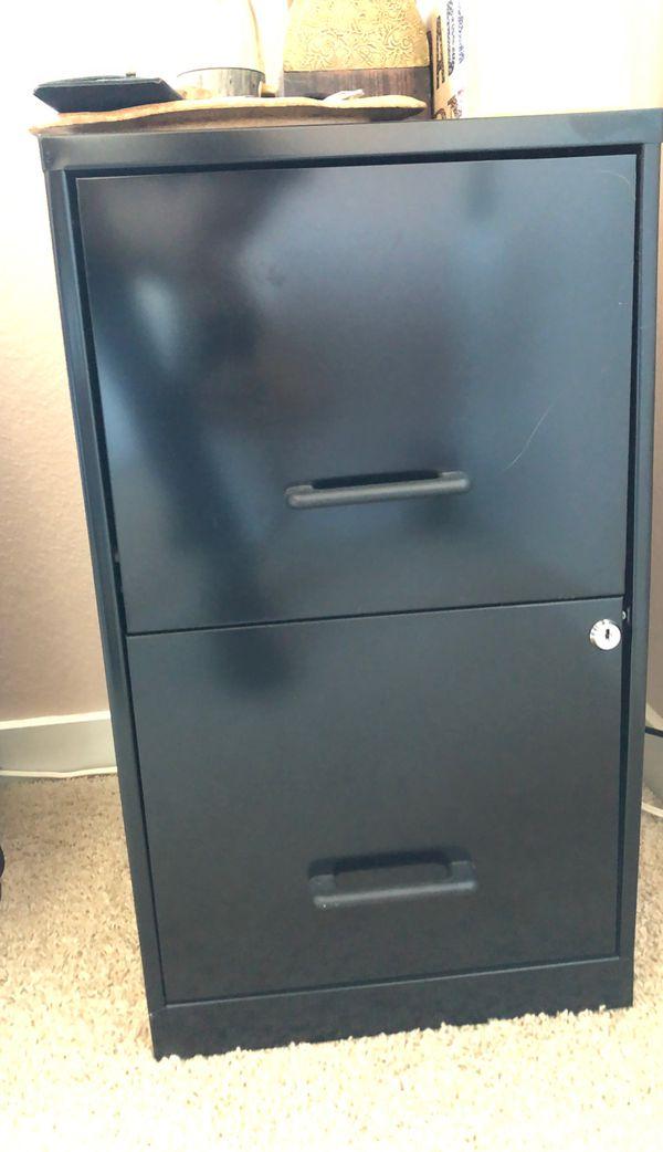 File cabinet - metal lock 2 drawer