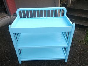 Changing table - great shape for Sale in Bellevue, WA