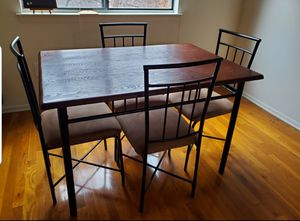 5 piece dining table set for Sale in Edison, NJ
